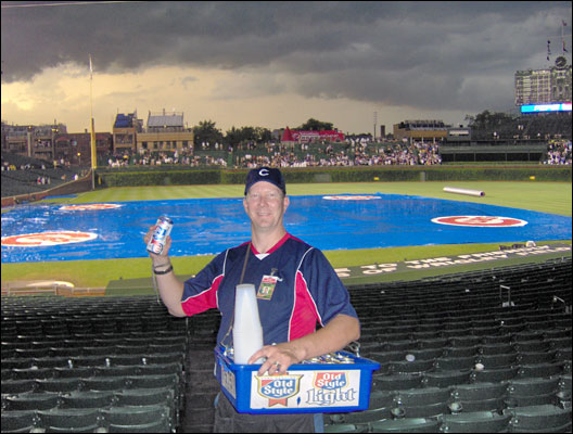 Nothing quite like selling Cold Beer at a rainout, D-Backs @ Cubs 2006